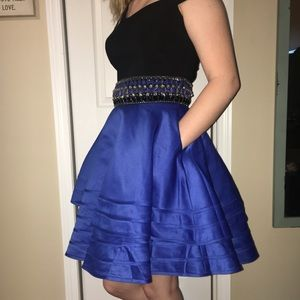 Dresses & Skirts - Blue and black homecoming dress